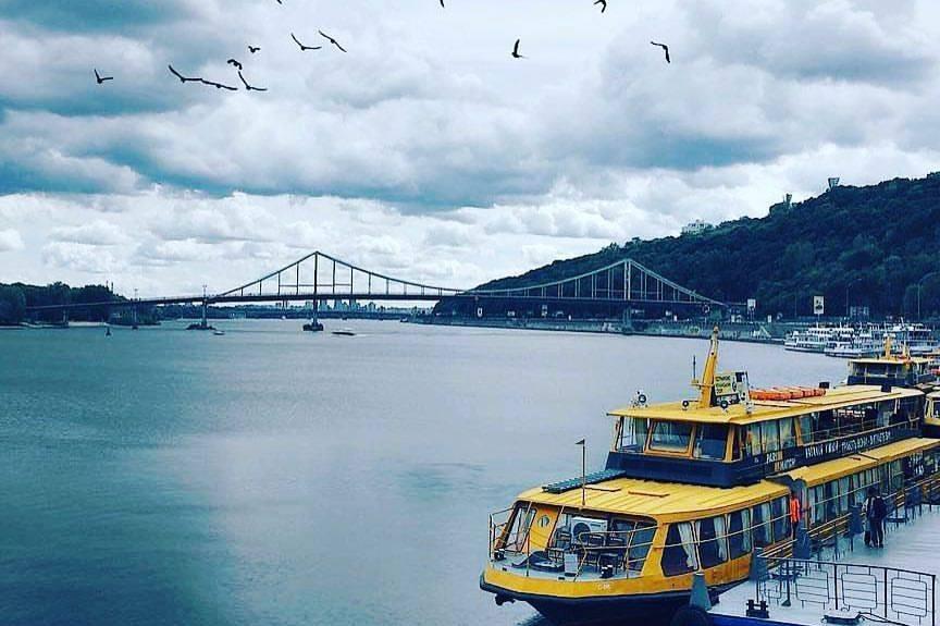 Речной порт запускает семичасовые прогулки по Днепру