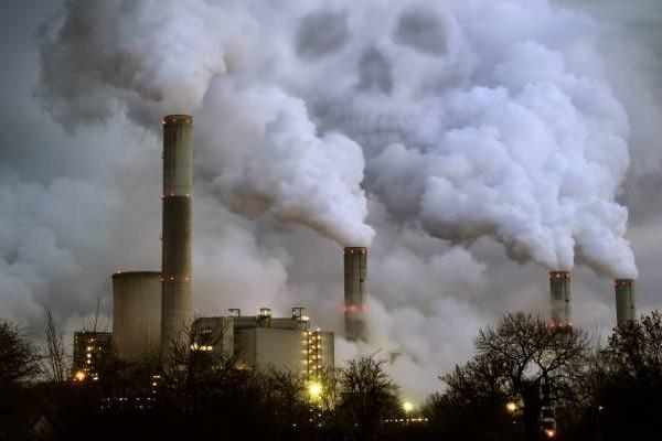В столице загрязнение воздуха превысило норму
