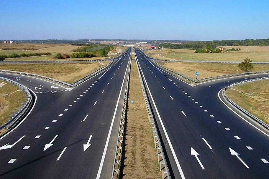 В Украине полосы движения для машин станут уже