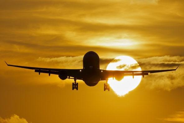 Украинской авиакомпании запретили совершать полеты