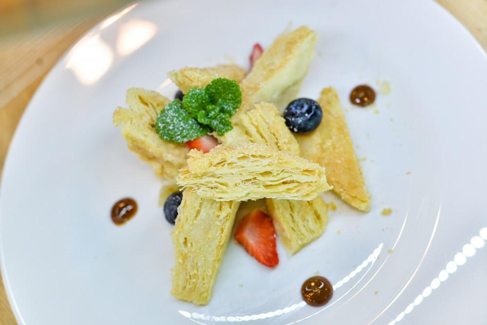 Салат с креветками с кальмарами и мидиями рецепты 53