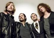 Группа The Killers хочет Элтона Джона