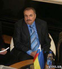 Глава семьи Сергей Дяченко