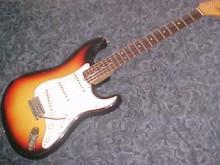 Fender Stratocaster 1965 года выпуска. Фото с сайта guitarsandeffects.com