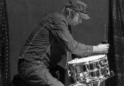 Умер барабанщик Роберта Планта