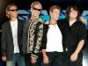 Van Halen отложили работу над альбомом