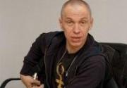 Александр Ф. Скляр покажет спектакль о Вертинском