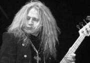Умер бас-гитарист Lynyrd Skynyrd