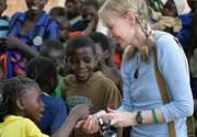 Миа Фэрроу решила голодать вместе с жителями Дарфура