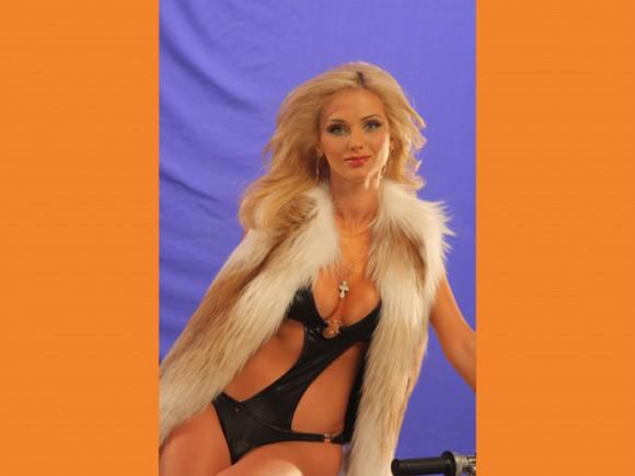 """Аня Бурая из группы XS: """"Я всегда готова к  риску!"""""""