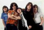 Немцы пожаловались на слишком громкий концерт AC/DC