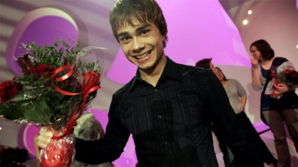 Александр Рыбак из воды явился киевским поклонникам. Фото