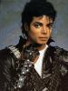 Майкл Джексон в третий раз подряд возглавил британский чарт. Фото