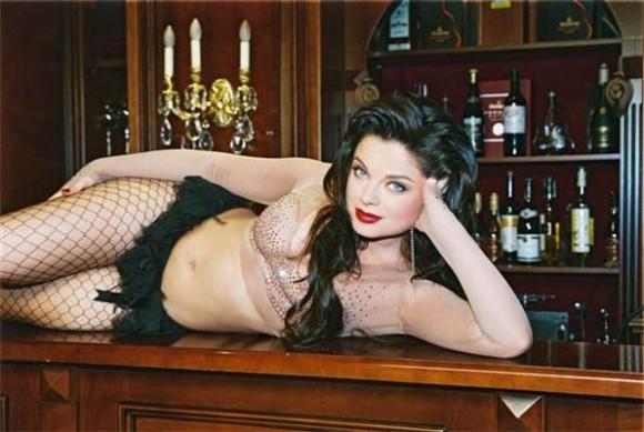 Певица Наташа Королева стала хозяйкой салона красоты
