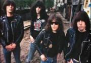 В США снимут фильм о Ramones