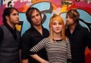 Новый альбом Paramore попал на вершину британского чарта