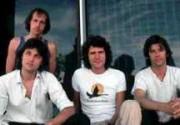 На месте первого концерта Dire Straits установили мемориальную табличку
