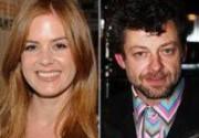 Айла Фишер, Энди Серкис и Том Уилкинсон встретятся на съемках черной комедии