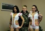 Группа Крем'L поздравила солдат с Днём Защитника Отечества. Фото