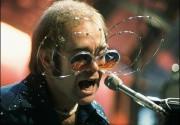 На развалинах Чичен-Ицы обрушилась сцена для Элтона Джона