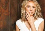 Дайан Крюгер стала лицом нового аромата от Calvin Klein