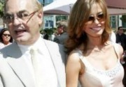Александра Николаенко родила 73-летнему миллиардеру сына