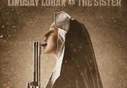 "Для нового плаката ""Мачете"" Линдси Лохан стала монашкой с пистолетом. Фото"