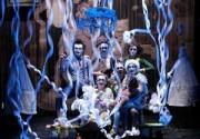В Киеве выступит любимый клоун-мим театр Жана-Поля Готье