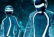 """Daft Punk появились в новых кадрах из """"Трона: Наследие"""""""