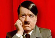 В Великобритании выставят на торги неизвестные фотографии Гитлера