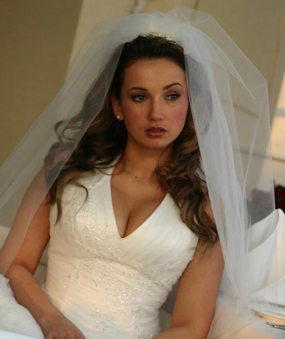 Беременная Анфиса Чехова отгуляла свадьбу