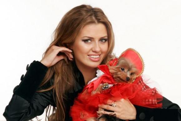 Виктория Боня представила публике своего нового возлюбленного
