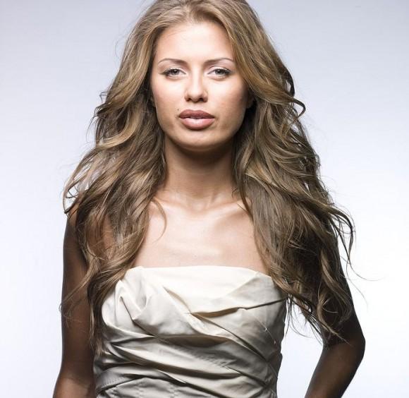 Виктория Боня хочет привлечь внимание Алины Кабаевой