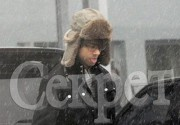 Александр Рыбак забавно реагирует на снег