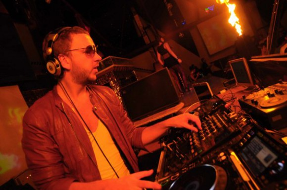 DJ Lutique и Kishe развлекли калифорнийских девушек
