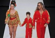Наташа Королева дефилировала по подиуму с мужем и сыном