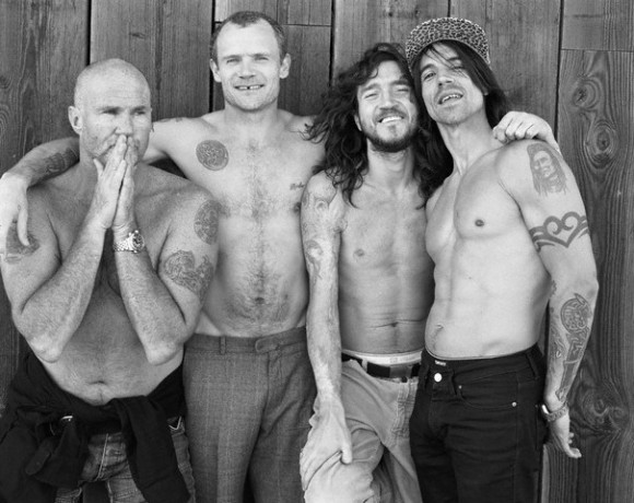 Гитарист Red Hot Chili Peppers запишет альбом с Джонни Марром