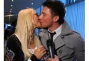 Лазарев и Кудрявцева не хотят видеть на свадьбе лишних людей