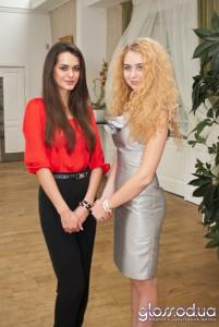 Мисс Украина-Вселенная 2011 Олеся Стефаненко и дизайнер Анастасия Иванова