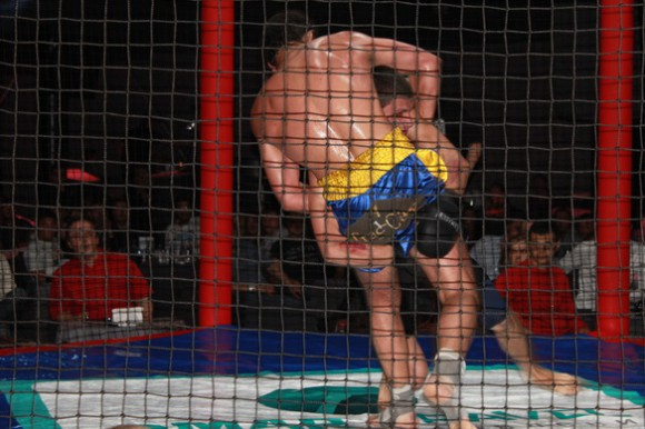 Поединок Олейник vs Козий
