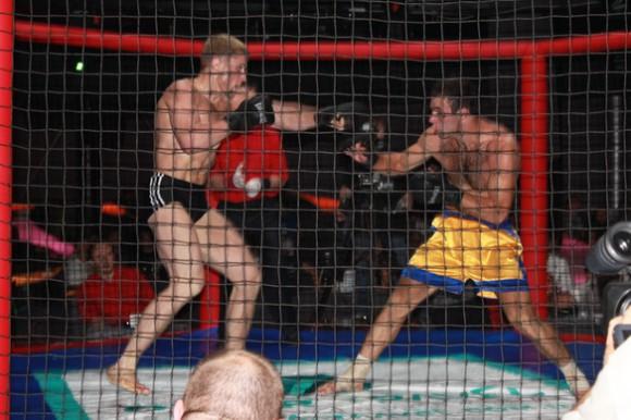 Поединок Долотенко vs Сулейманов