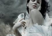 Астафьева перевоплотилась в эротическую Золушку