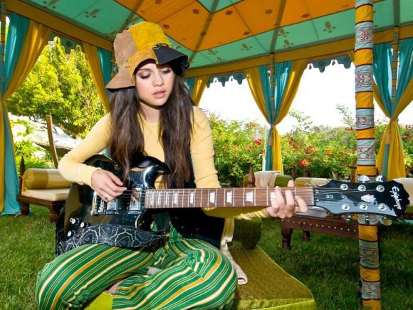 Селена Гомес больше не будет петь