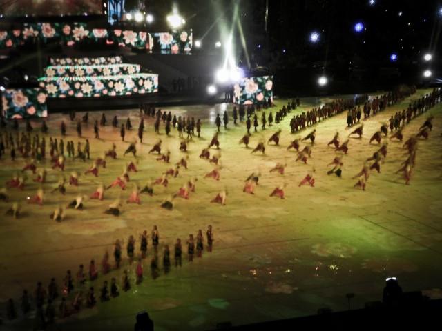 Массовые танцы об истории Украины