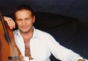 Леонид Агутин нашел замену Анжелике Варум
