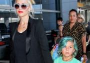 Гвен Стефани покрасила волосы сына в синий цвет