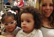 Мэрайя Кэри показала подросших близнецов