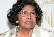 Мать Джексона добивается наказания виновных в смерти сына