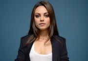 Мила Кунис воссоединится с Эштоном Катчером в сериале «2,5 человека»