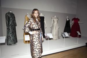 Известный художник Ольга Ломака посетила открытие выставки «Роскошь итальянской моды периода 1945 по 2014 год»